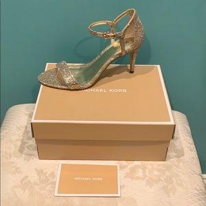 Michael Kors silver/sandals size 7 1/2